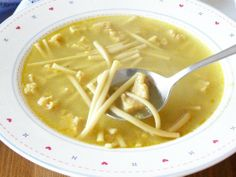 Vegan version of Campbell's Chicken Noodle Soup.  WANT
