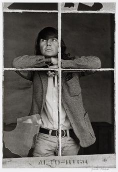 José Luis Cuevas por Graciela Iturbide Tina Modotti, South Of The Border, Mexican Artists, Arts Award, First Art, Art Studios, American Art, Cool Photos, Identity