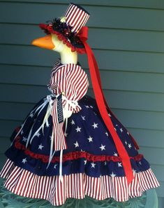Goose Clothes, Patriotic Outfit, Navy Blue Background, Dress Outfits, Dresses, Blue Backgrounds, Clothing Patterns, Lawn, Red And White