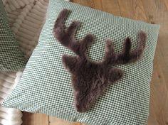 die besten 25 b renfell ideen auf pinterest tragen teppich gestrickter teppich und falsche. Black Bedroom Furniture Sets. Home Design Ideas