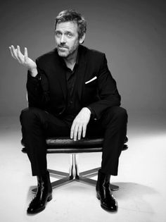 Risultati immagini per hugh laurie black and white Jonathan Lipnicki, Guys My Age, Mejores Series Tv, Gregory House, I See Stars, House Md, Hugh Laurie, People Of Interest, Raining Men