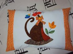 Gato Cat Applique, Cat Quilt, Cat Pattern, Pillow Design, Quilt Blocks, Quilt Patterns, Bed Pillows, Dog Cat, Patches