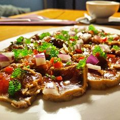 Tataki d'allistada amb wasabi tobiko i salsa japonesa #candela #food #tataki #Girona #costabrava #palamos by luispb1979