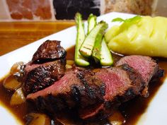 Venison with Mashed Potatoes and Asparagus