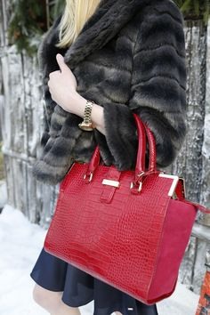 Turn up the heat with faux fur and a red-hot bag. *Tommy Hilfiger NYE challenge*
