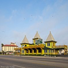Miller's is famous for fresh seafood, but their hearty, made-from-scratch breakfasts run a very close second. http://www.galveston.com/millerslanding/