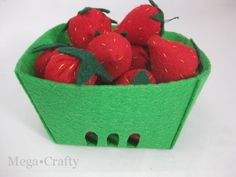 Mega•Crafty: Felt Food Strawberries with Free Berry Container Template - like the container
