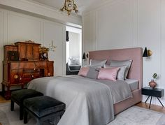 〚 Apartment for professor's family in famous Stalinist skyscraper in Moscow 〛 ◾ Photos ◾Ideas◾ Design Furniture, House, Interior, Home, Hotel, Modern, Apartment, Classic Furniture, Bed