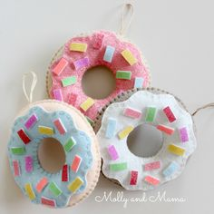 hanging-donuts-by-molly-and-mama
