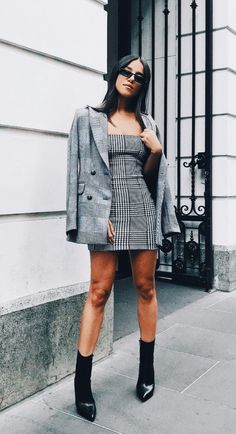 99 Awesome Fall Street Style That Can Inspire Your Fashion This Year - Blazer Fashion, Fashion Outfits, Womens Fashion, Fashion Tips, Fashion Trends, Fashion Websites, Looks Street Style, Autumn Street Style, Casual Outfits