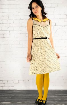 Partly sunny frock in Beehive - Free Dress Pattern! Frock Patterns, Sewing Patterns Free, Free Sewing, Clothing Patterns, Free Pattern, Pattern Sewing, Pattern Dress, Sewing Diy, Pattern Drafting