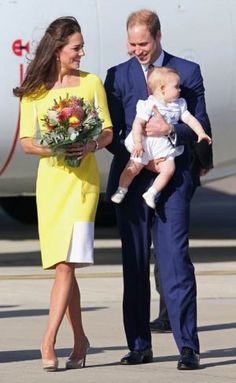 The royal family arrive in Sydney - 2014 - Roksanda Ilincic dress and patent beige LK Bennett heels.jpg