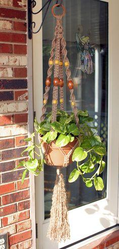 The Ten Reasons Tourists Love Graduation Crafts Ideas Macrame Hanging Planter, Macrame Plant Holder, Plant Holders, Hanging Table, Hanging Baskets, Graduation Crafts, Diy And Crafts, Arts And Crafts, Plant Hanger