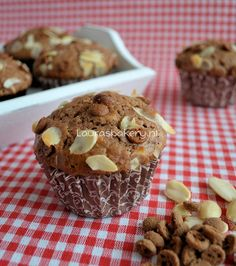 Speculaas Muffins (Laura's Bakery) Dutch Recipes, Sweet Recipes, Muffin Recipes, Cake Recipes, Baking Bad, Baking Cupcakes, Cakes And More, Cake Cookies, No Bake Cake