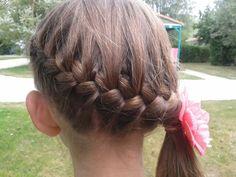 Simpel invlechten met paardenstaart Little Girl Hairstyles, Cute Hairstyles, Lily Grace, Hair Creations, Hair Inspiration, My Hair, Braids, Hair Cuts, Hair Accessories