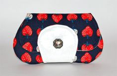 Sweet Strawberries Clutch Wallet - Fabric Wallet, Womens Wallet Small, Strawberry Fabric, ID Card Holder, Teen Girl Gift, Credit Card Wallet by SushiGirl on Etsy