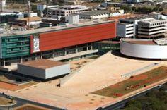 2,91% dos projetos aprovados pela Câmara Legislativa do DF são úteis para a população - http://noticiasembrasilia.com.br/noticias-distrito-federal-cidade-brasilia/2014/08/18/291-dos-projetos-aprovados-pela-camara-legislativa-do-df-sao-uteis-para-a-populacao/