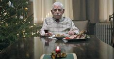 """""""This heartbreaking holiday ad is a powerful reminder of old people's loneliness."""" (click through to watch the video) German Christmas, Noel Christmas, Family Christmas, Christmas Videos, Christmas Adverts, Tv Ads, Loneliness, Storytelling, Commercial"""