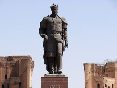Statue.of.Amir.Timur.original.32026.jpg (2048×1536)