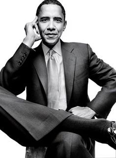 Barack Obama by Annie Leibovitz Business Portrait, Corporate Portrait, Corporate Headshots, Fotografia Pb, Corporate Fotografie, Annie Leibovitz Photography, Annie Leibovitz Portraits, Portrait Studio, First Black President