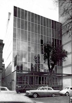 Edificio Oficina, Calle Havre 67, Col. Juarez, Mexico DF nd    Arq. Jaime Herrasti Donde -    Fotos: HM Arriaga    Office building, Col. Juarez, Mexico City nd