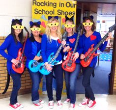 Pete the Cat costumes are a huge hit for a team of Kindergarten Teachers!