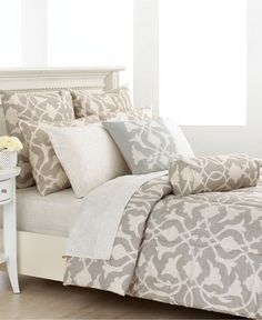 Barbara Barry Poetical comforter set