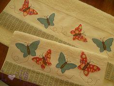 """Borboletas... by Love Patch, pretty towel!......... Repasador de toalla """"Mariposas"""""""