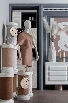 home accessories display Sewing Room Design, Sewing Rooms, Boutique Design, Display Design, Store Design, Fashion Window Display, Fashion Displays, Home Accessories Stores, Accessories Display