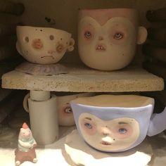 Загрузка в печку все равно что игра в тетрис!!! Как ни старайся больше трёх чашек не вместится !!! #artdoll #фарфор #handmade #art #porcelaindoll #dollechka #doll #porcelaincup #porcelain #чашка #cup