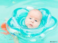 https://pl.dollarphotoclub.com/stock-photo/Baby swimming/55386717Dollar Photo Club - miliony zdj�� stockowych w cenie 1$ ka�de