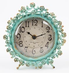 bd3ef3c69244 Sass   Belle Boudoir Old Romance Round Clock