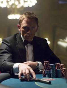Daniel Craig in Casino Royale - Omega Seamaster 300m