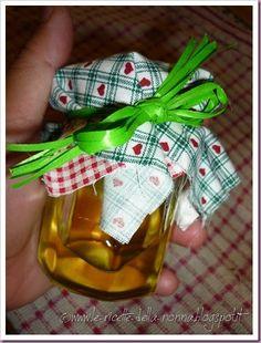 Le Ricette della Nonna: Sciroppo di cedrina Grande, Canning, Christmas Ornaments, Holiday Decor, Food, Home Canning, Christmas Ornament, Meals, Christmas Topiary