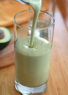 Low Carb Avocado Green Tea Smoothie