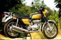 SuzukiGT550J gold