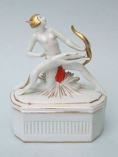 Diane the Huntress Trinket Box   Rare Diane and leaping dog trinket box, either French or German