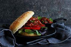 V kuchyni vždy otevřeno ...: Trhané hovězí s domácí barbecue (BBQ) omáčkou