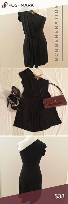 BCBGeneration LBD This BCBGeneration Little Black Dress is classy and perfect for any occasion.  Worn 3x's and is in great condition. BCBGeneration Dresses Midi