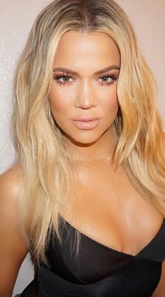You won't *believe* what Khloe Kardashian wipes her hair with to keep it silky...
