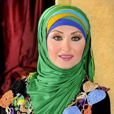 I have included the best simple hijab styles in my post which can be adopted easily. Those looking for a simple hijab style don't need to go anywhere else. New Hijab Style, Beautiful Hijab Girl, Simple Hijab, Modern Hijab, Islamic Clothing, Head And Neck, Latest Fashion, Fashion Trends, Muslim Women