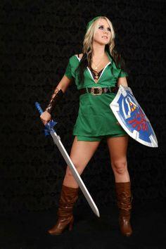 Female Link crossplay by Brittney the Blonde Nerd