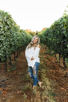 Vineyard :: Silverton, OR :: Summer :: Sophie :: Class of 2019 – Keely K. Grad Pics, Graduation Pictures, Cute Birthday Pictures, Female Portrait, Woman Portrait, Senior Pictures, Senior Pics, Elegant Girl, Class Of 2019