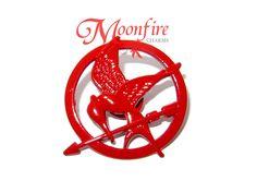 THE HUNGER GAMES: MOCKINGJAY PART 2 Red Mockingjay Pin Badge
