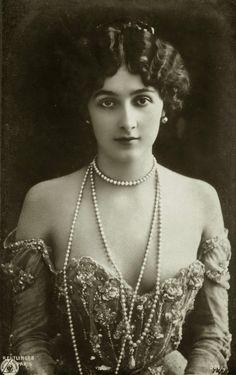 Lina Cavalieri