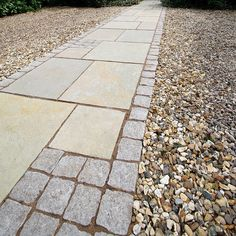 StoneFlair by Bradstone, Natural Granite Setts Silver Grey 100 x 100 x 50 - 720 Per Pack - Carpet Stones and Setts