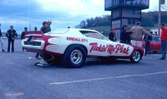 Vintage Drag Racing - Funny Car - The Tickle Me Pink Dodge Charger