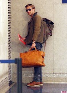 19...The 20 Most Flawless, Perfect Pictures Of Ryan Gosling At TheAirport