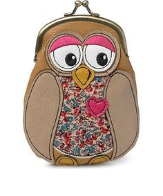 Owl Patchwork Purse, Hrubec Hrubec Mair look how cute.it's in pounds, maybe we'll find one on our trip haha Owl Purse, Owl Fabric, Teen Guy Fashion, Frame Purse, Owl Always Love You, Cute Owl, Change Purse, Zipper Bags, Handmade Bags