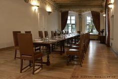 Royal Hall, official meeting set.  Ask about renting a hall: sales@palacbonerowski.pl #palacbonerowski #krakow #marketsquare #mainsquare #poland #luxury #travel #business #event #conference  www.palacbonerowski.pl